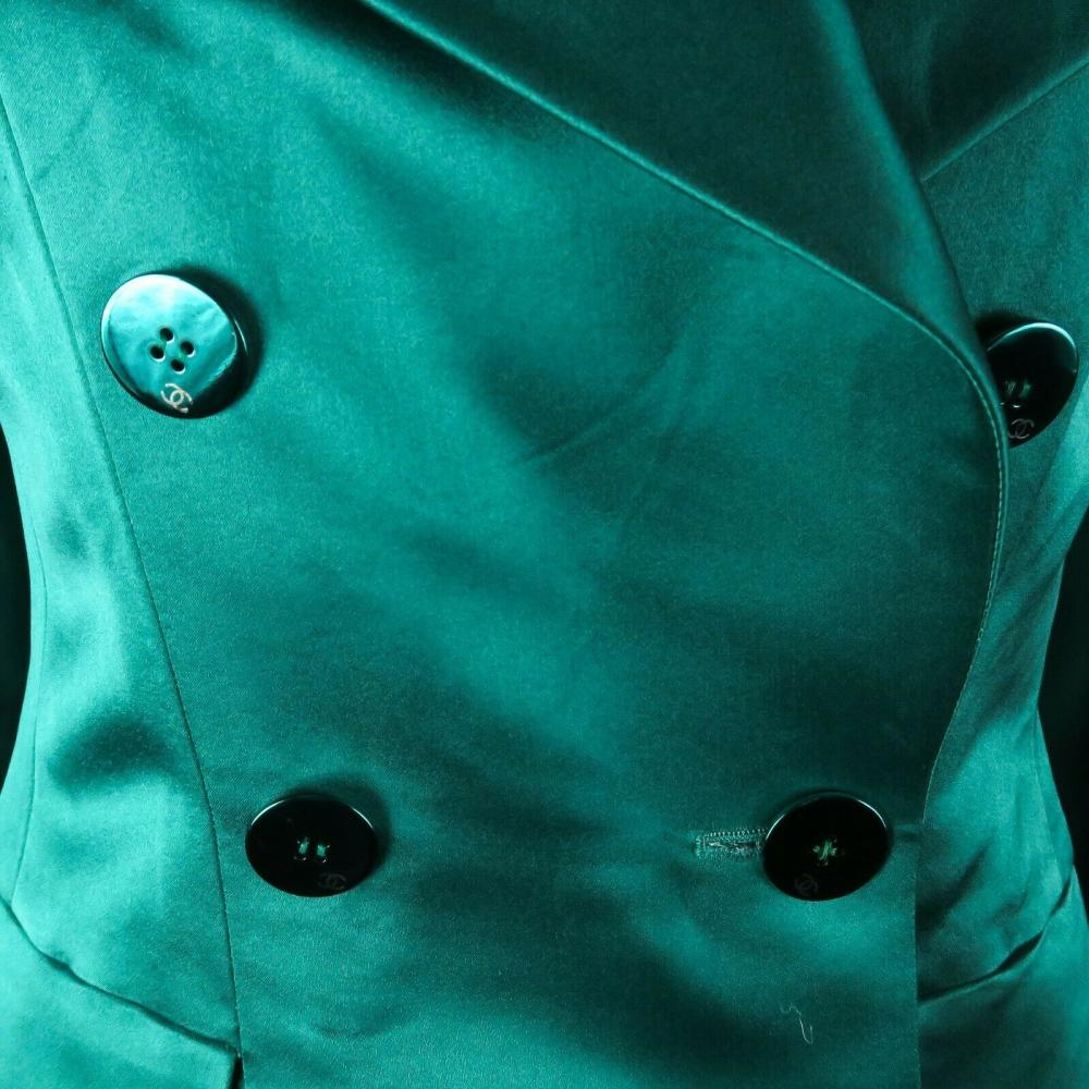 Chanel Satin Green Blazer Coat - Jacket CC Logo Buttons - US 6 - 38 - 01A