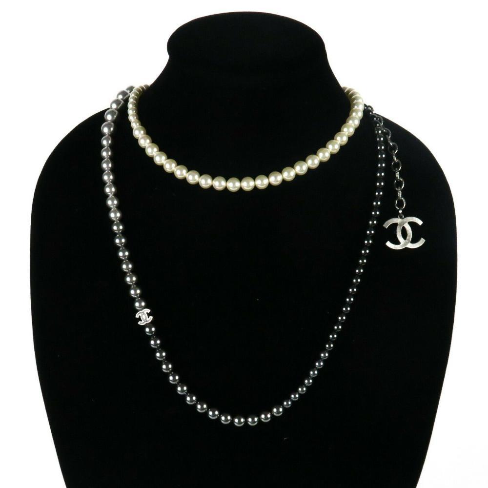 Chanel 2015 Pearl Necklace Long Ombre White Gray Black CC Logo Charm Silver 15B