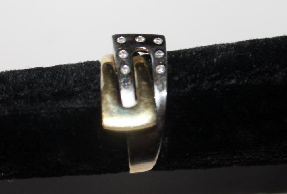 JEWELRY - MARKED 14K TWO TONED GOLD AND DIAMOND CHIP RING