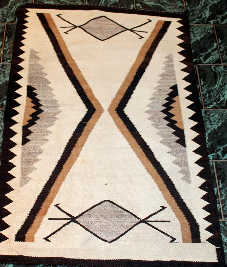 Native American Indian Late Transitional Navajo Rug With Bug