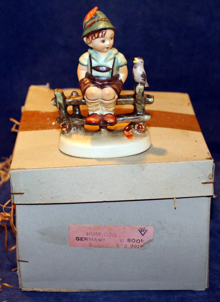 1958 M.I. Hummel Wayside Harmony Figurine HUM 111 3/0 In Original Box