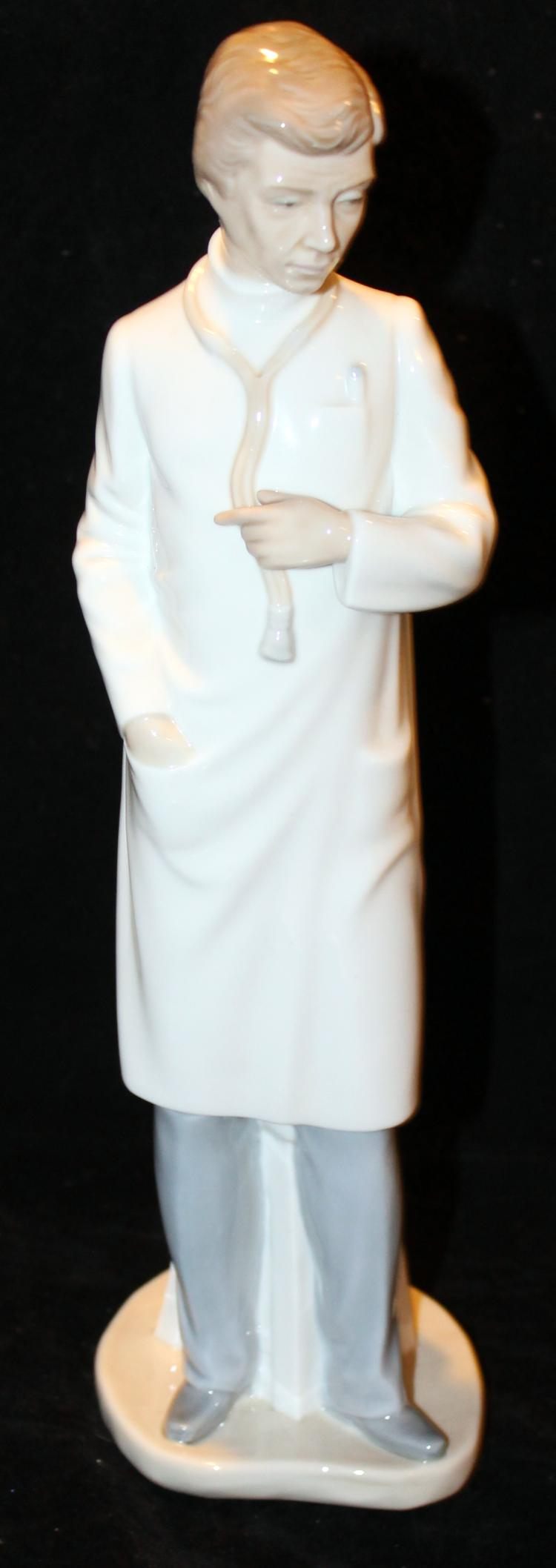 Porcelain Nao Spanish Doctor Figurine