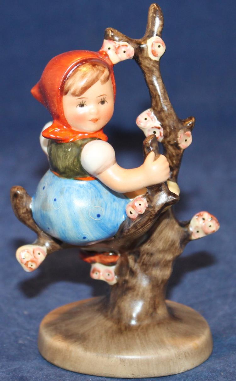 1950 M.I. Hummel Apple Tree Girl Figurine HUM #141 3/0 Four Inches Tall