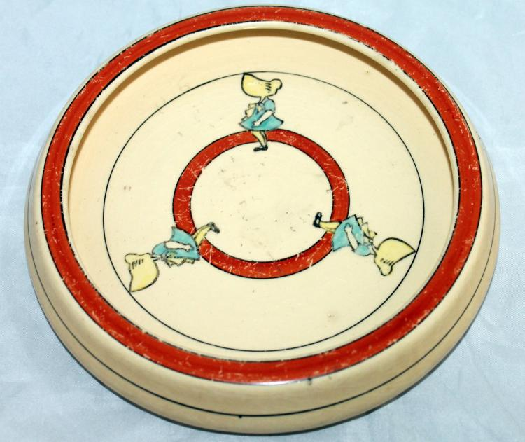 Roseville Pottery Juvenile Sunbonnet Sue Baby's Dish USA
