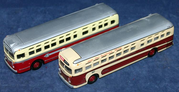 Set Of 2 Corgi GM Buses Grand Central And Broadway Line