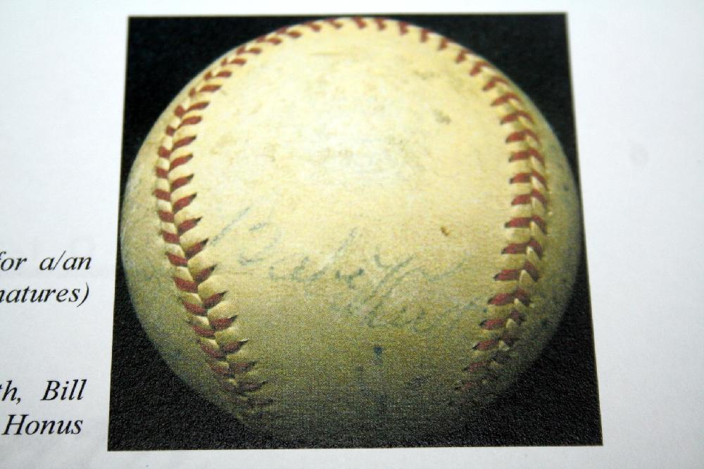 PSA/DNA Graded Babe Ruth, Honus Wagner, Lefty Grove Plus 6 Others Autographed Baseball