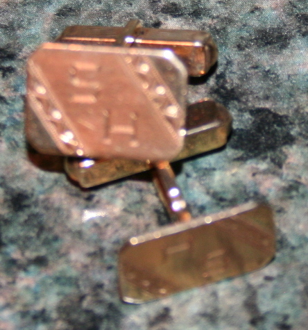 14K Gold Monogrammed Cufflinks .25 OZT 14K Gold