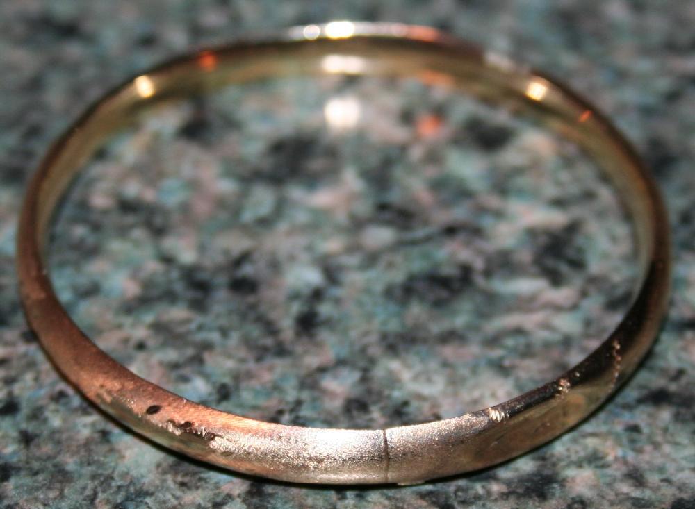 14KT Gold Bangle Bracelet .20 OZT Gold