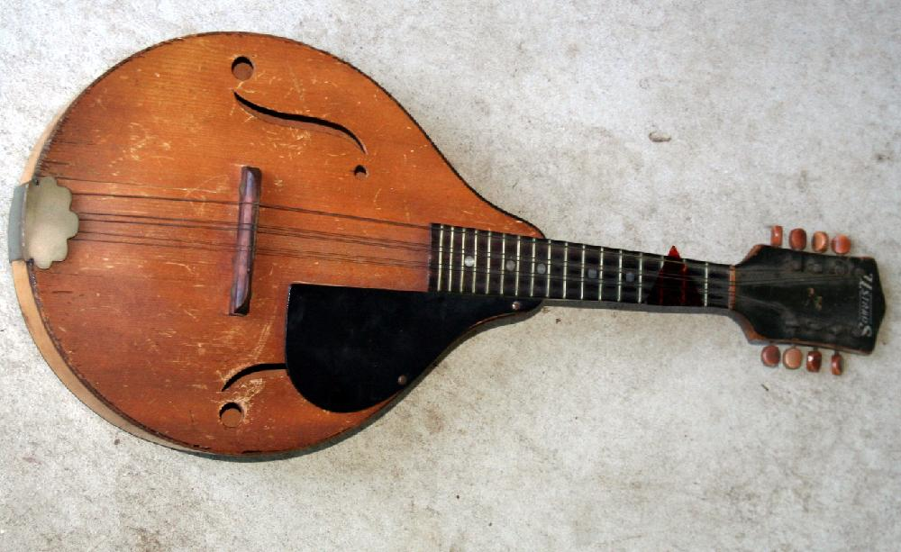Vintage Ustrads Mandolin