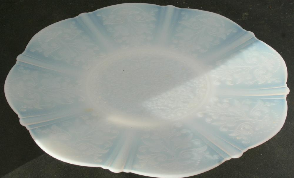 American Sweetheart Depression Glass Monax Dinner Plate