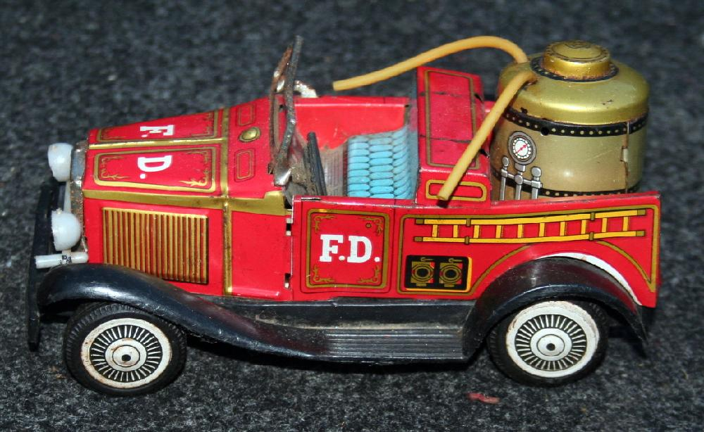 1940's Tin Lithograph Friction Fire Truck Made In Japan
