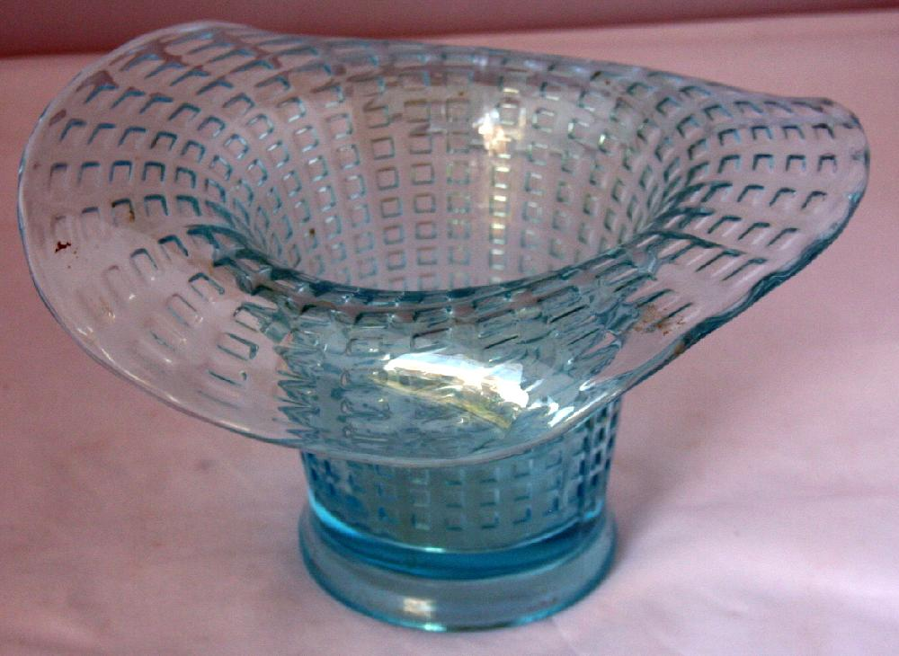Beautiful Aqua Blue End Of The Day Depression Glass Hat Vase