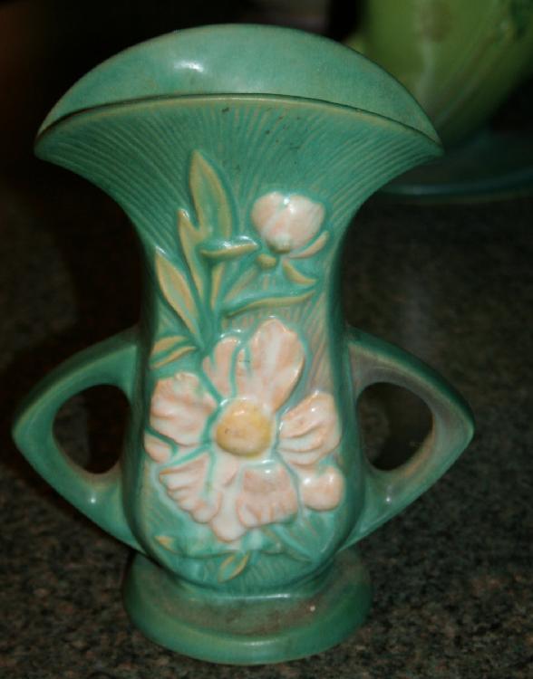 """Vintage Roseville Pottery Peony Vase #62-8"""" USA"""