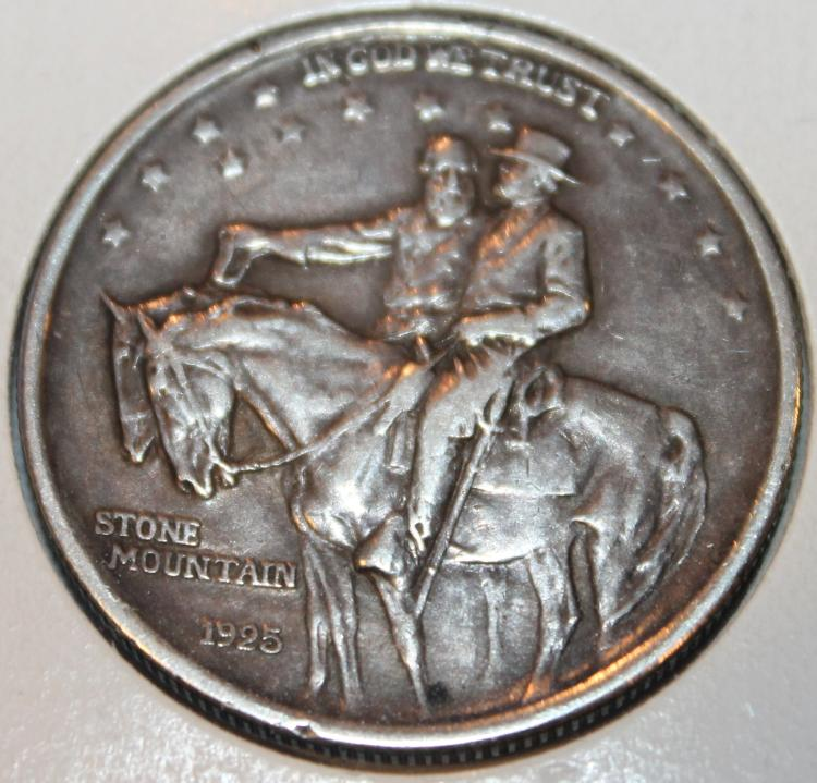1925 Stone Mountain Memorial Commemorative Silver Coin AU-50