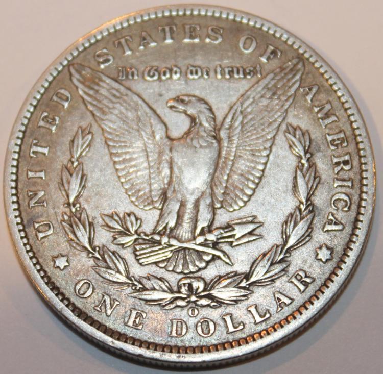 Lot 134: 1886-O Morgan Silver Collar Coin EF-40