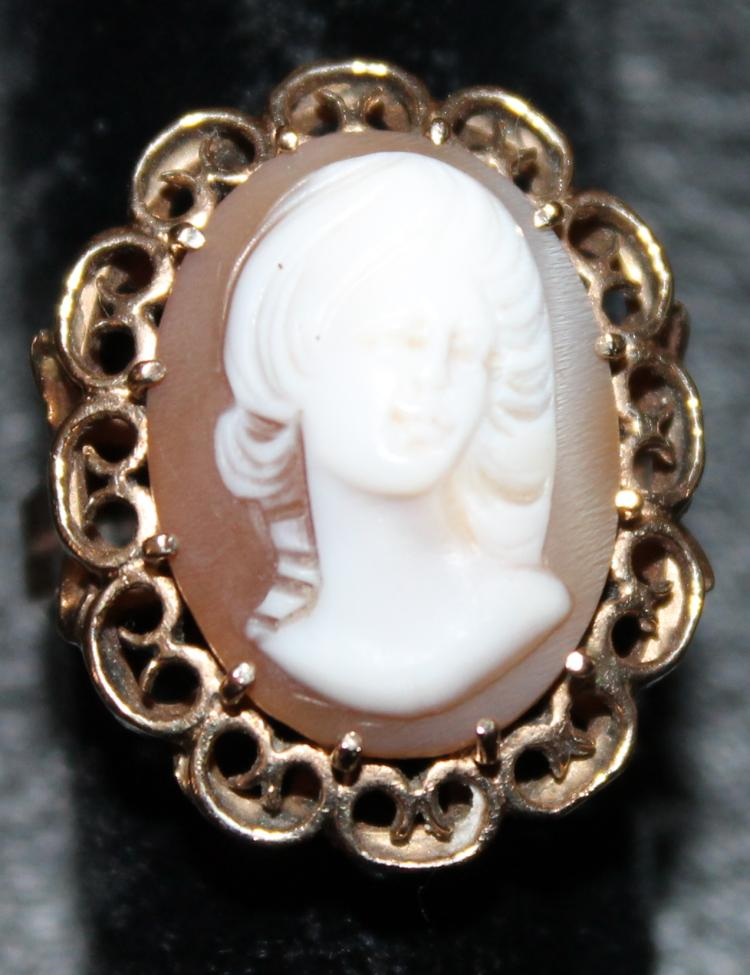 Cameo Ring Set In 14KT Gold
