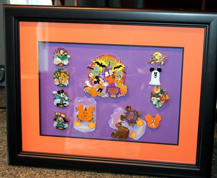 Walt Disney Mickey's Not So Scary Halloween Pin Collection 2008 #2