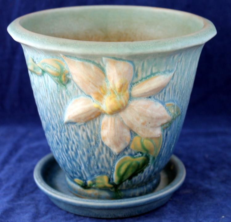 Roseville Pottery Clematis Blue Flower Pot With Under plate #668-5 Inch USA