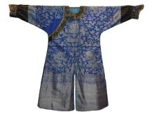19TH CENTURY CHINESE DRAGON ROBE