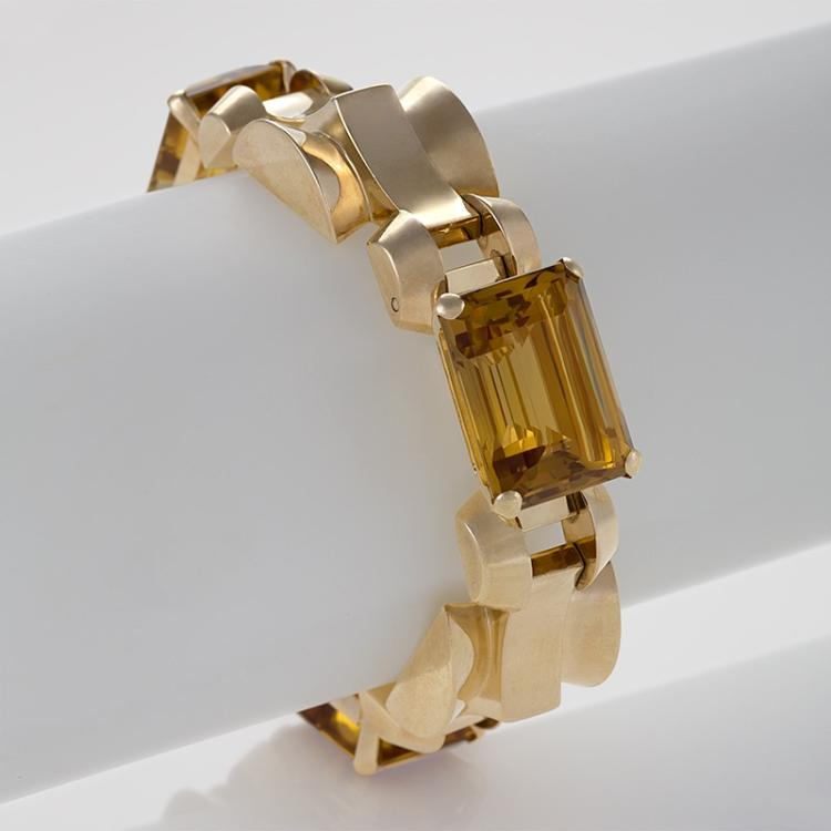 Tiffany & Co. Retro Citrine and Gold Link Bracelet