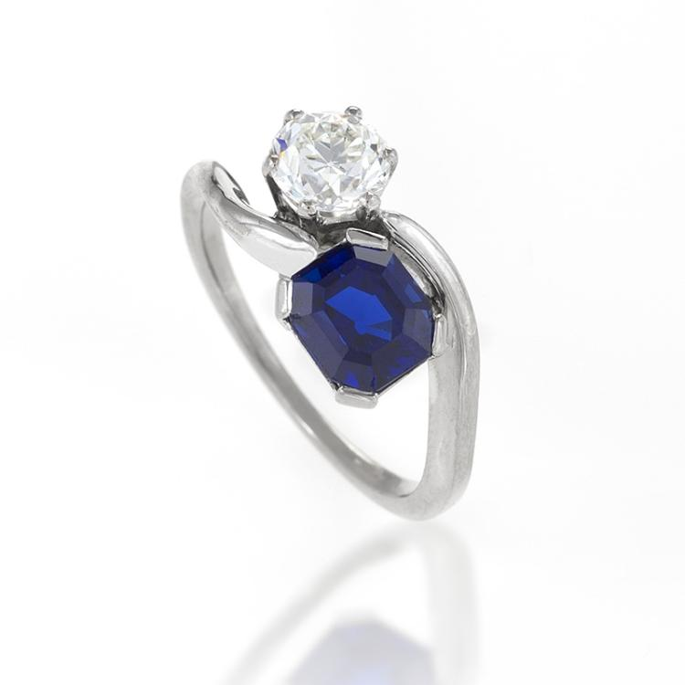 Mid-20th Century Blue Sapphire, Diamond and Platinum Ring