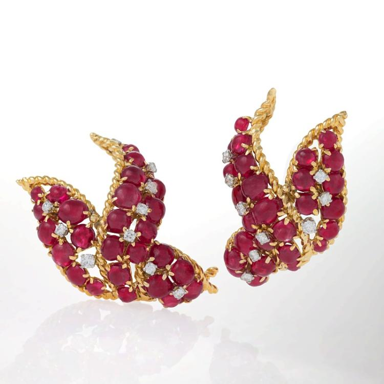 David Webb Mid-20th Century Ruby, Diamond and Gold Earrings