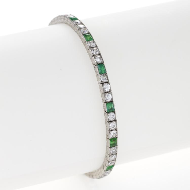 Van Cleef & Arpels Art Deco Diamond, Emerald and Platinum Bracelet