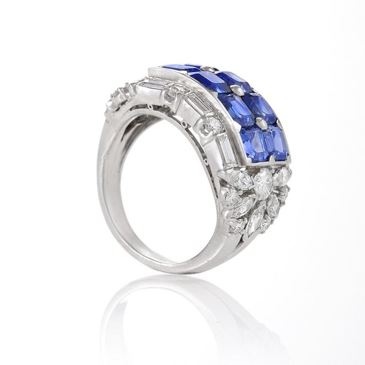 J.E.Caldwell Mid-20th Century Blue Sapphire, Diamond and Platinum Ring