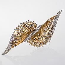 Pierre Sterlé Mid-20th Century Diamond, Gold and Platinum Brooch/Dress Clips