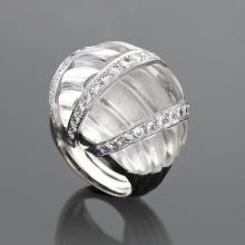 David Webb Mid-20th Century Rock Crystal, Diamond, Gold and Platinum Bombé Ring
