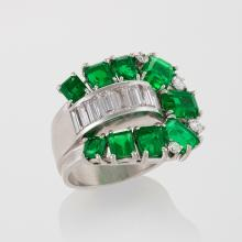 Retro Emerald, Diamond and Platinum Ring