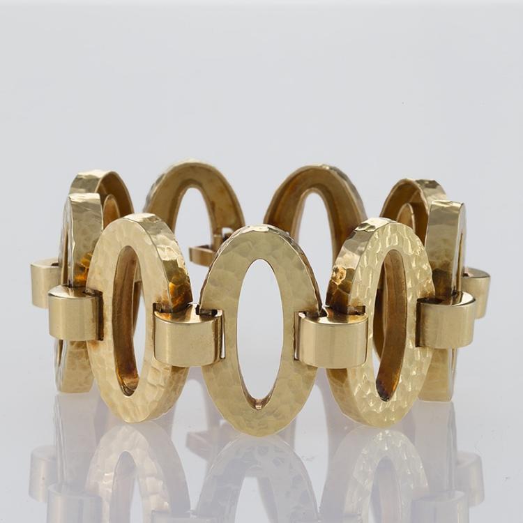Late 20th Century Gold Hammered Link Bracelet