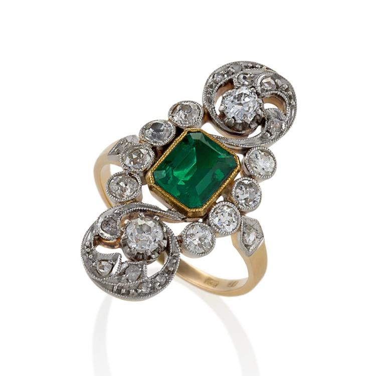 English Edwardian Emerald, Diamond, Platinum and Gold Plaque Ring