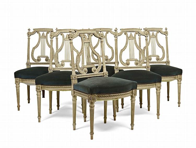 Suite de six chaises en bois peint dossier cintr ajour e - Suite cm ...