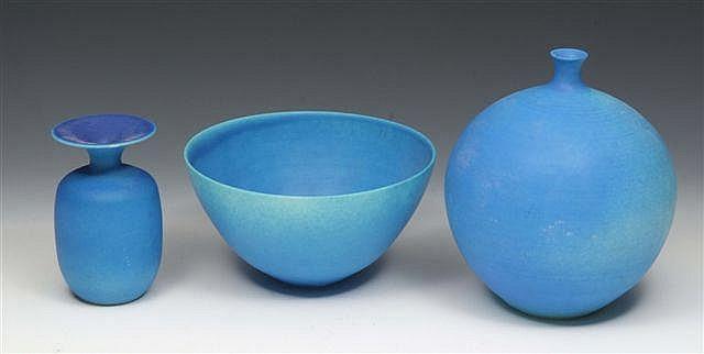 Delan Cookson (b.1928) A bulbous porcelain vase,