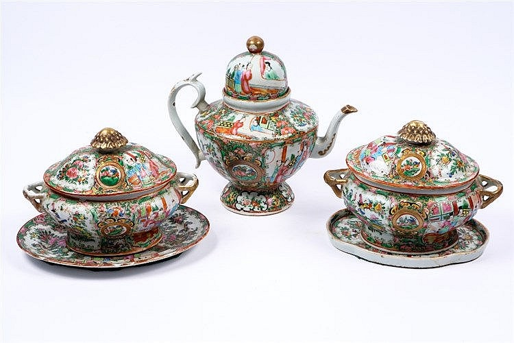 A Chinese Canton teapot