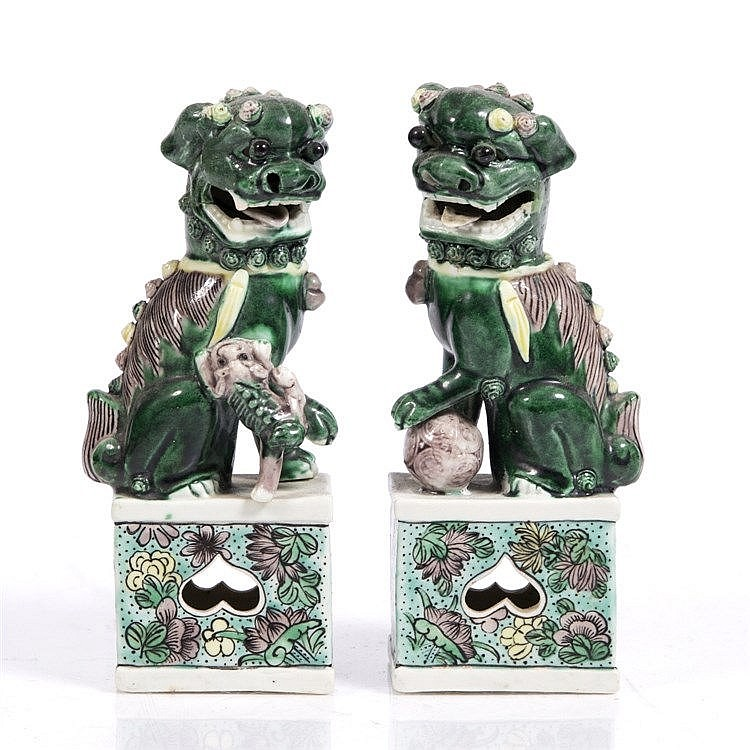 A pair of Chinese model temple dogs