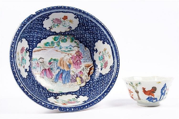 A Chinese export porcelain circular bowl