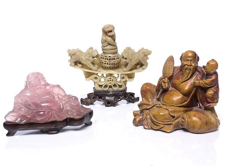 A Chinese rose quartz figure of Pixiu