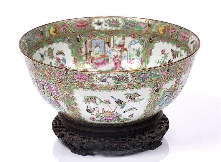 A large Chinese Canton punch bowl