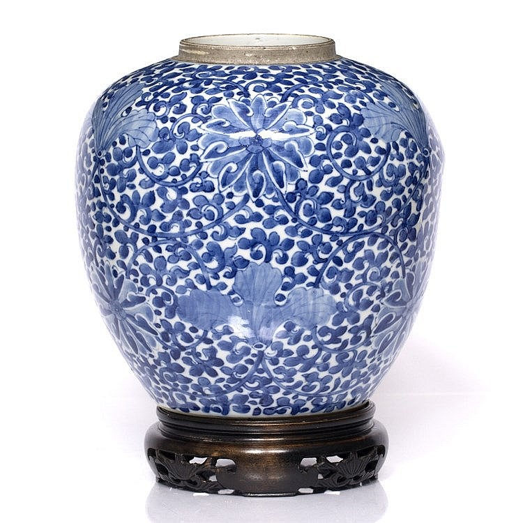 A Chinese blue and white large ginger jar