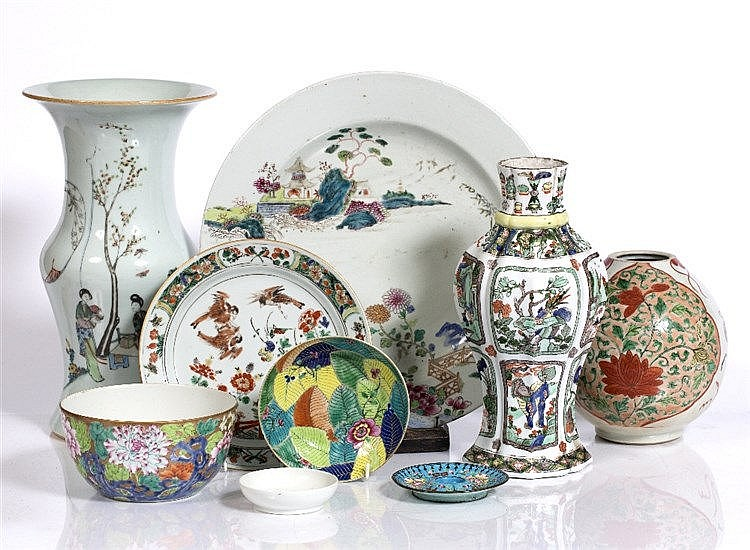 A collection of Chinese pieces to include a charger