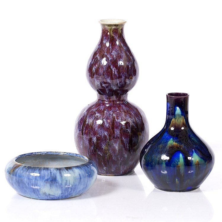 A Chinese flambe double gourd vase