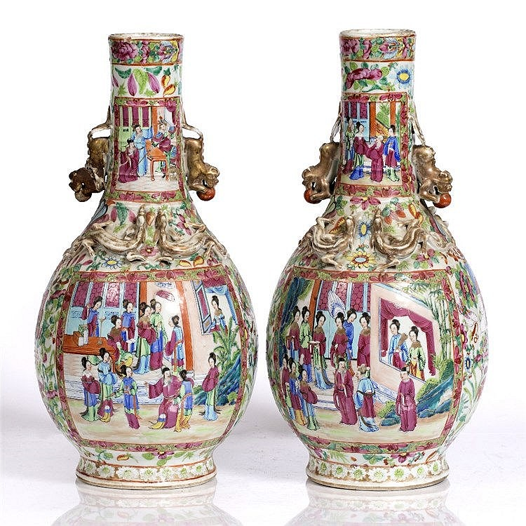 A pair of Chinese Canton bottle vases