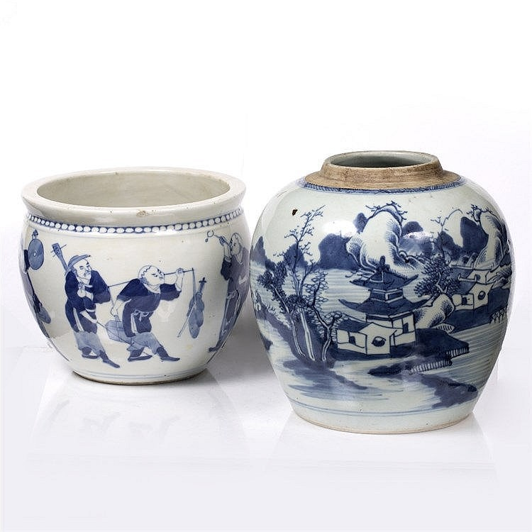 A Chinese blue and white jardiniere