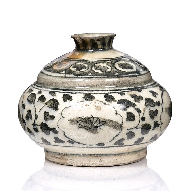 A Safavid pottery inkwell