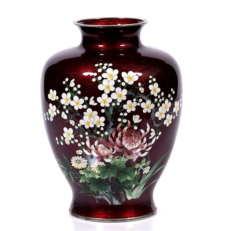 A Japanese ginbari type cloisonne vase