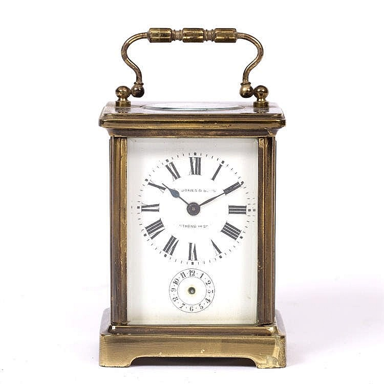 AN EARLY 20TH CENTURY FRENCH CARRIAGE TIMEPIECE the white enamel Roman dial
