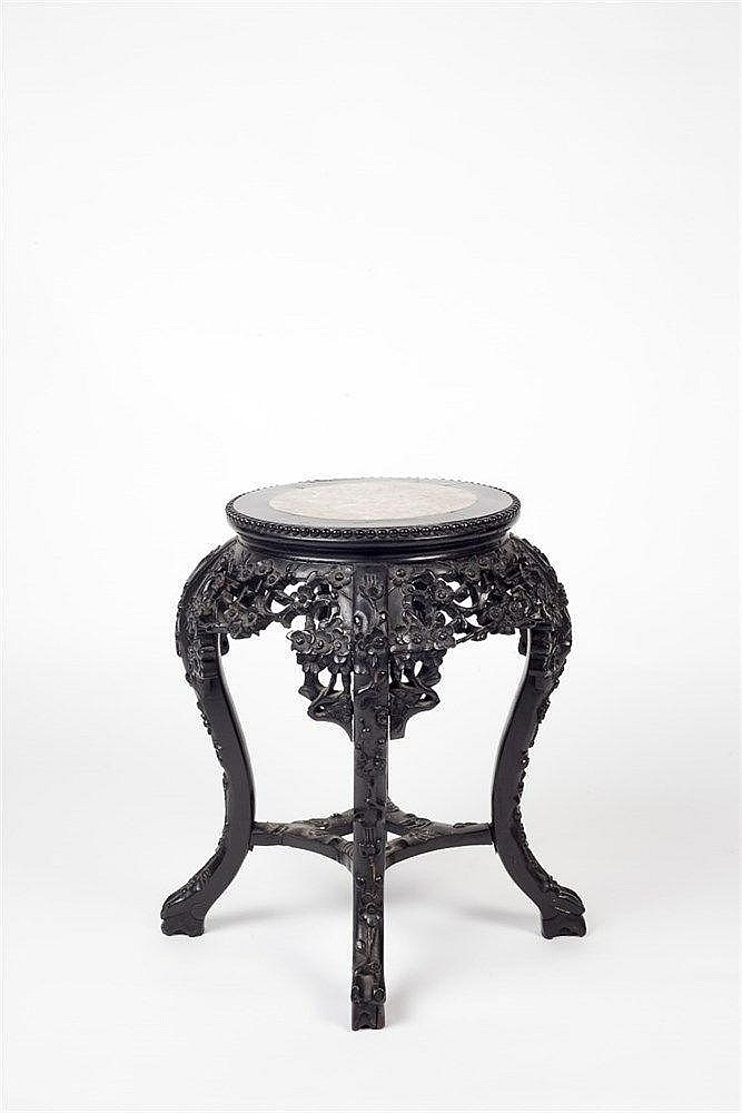 A Chinese rosewood low urn stand 19th Century with inset rose-marble c