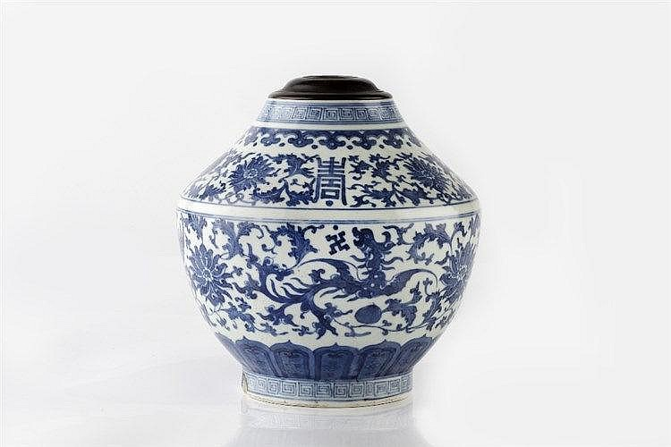 A Chinese blue and white baluster vase 19th Century decorated longevit